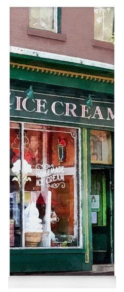 Alexandria Va - Ice Cream Parlor Yoga Mat