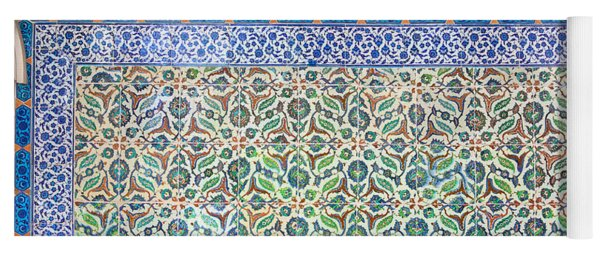 Iznik Ceramics With Floral Design Yoga Mat