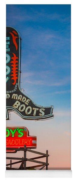 Leddy Boots Yoga Mat