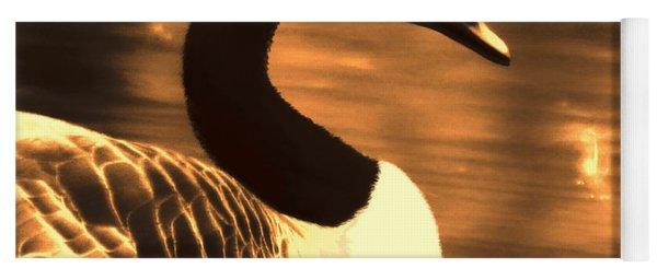Lila Goose The Pond Queen Sepia Yoga Mat