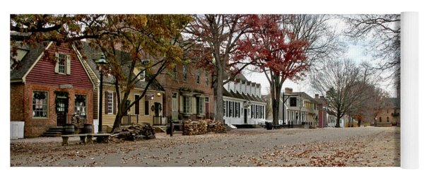 Lonely Colonial Williamsburg Yoga Mat