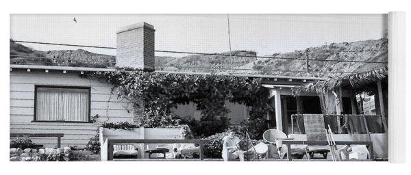 Malibu Beach House - 1960 Yoga Mat