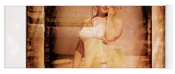 Marilyn Monroe Film Yoga Mat