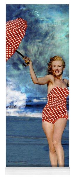 Marilyn Monroe - On The Beach Yoga Mat