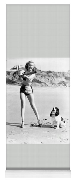 Marilyn Playing Baseball At The Beach Yoga Mat