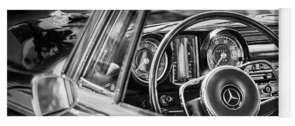 Mercedes-benz 250 Se Steering Wheel Emblem Yoga Mat