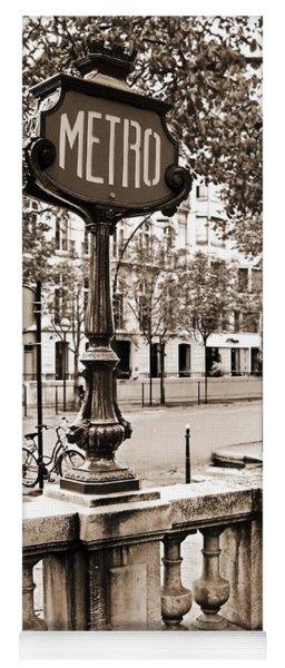 Metro Franklin Roosevelt - Paris - Vintage Sign And Streets Yoga Mat