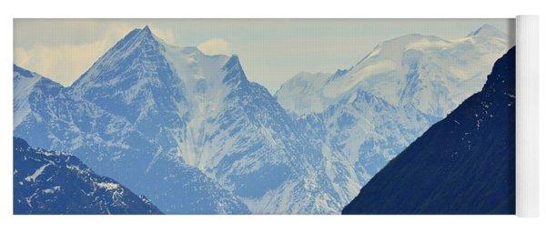 Mountains Near Matanuska Glacier Yoga Mat