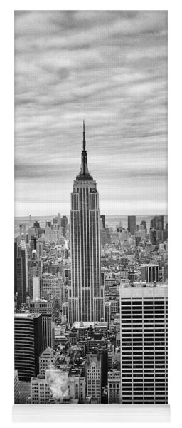 Black And White Photo Of New York Skyline Yoga Mat