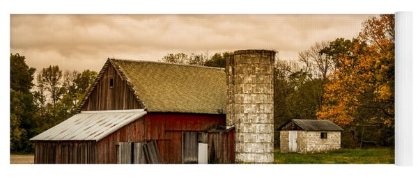 Old Red Barn And Silo Yoga Mat
