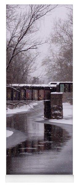 The Nifti Railroad Bridge Yoga Mat