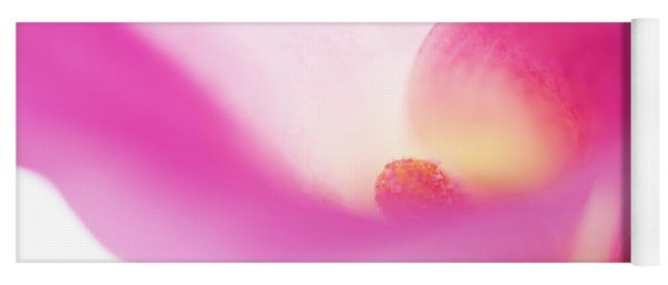 Passion For Flowers. Pink Veil Yoga Mat