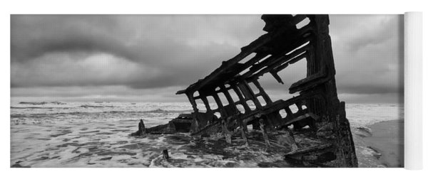 Peter Iredale Shipwreck Oregon 1 Yoga Mat