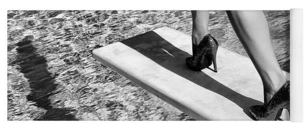 Ruby Heels Bw Palm Springs Yoga Mat