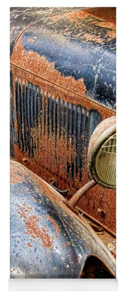Rusty Vintage Automobile Yoga Mat