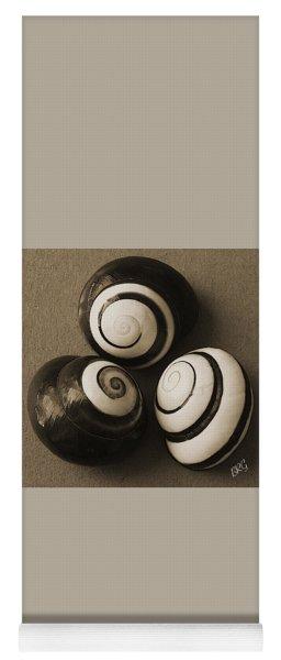 Seashells Spectacular No 28 Yoga Mat