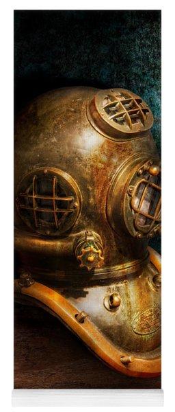 Steampunk - Diving - The Diving Helmet Yoga Mat