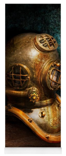 Steampunk - Diving - The Diving Helmet Yoga Mat