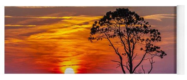 Sundown With Tree Yoga Mat