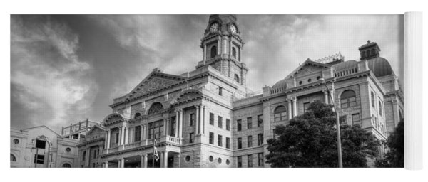 Tarrant County Courthouse Bw Yoga Mat