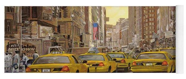 taxi a New York Yoga Mat
