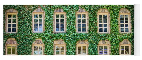 The Ivy Walls Yoga Mat