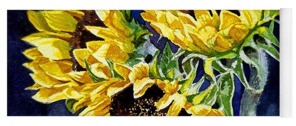 Three Sunny Flowers Yoga Mat