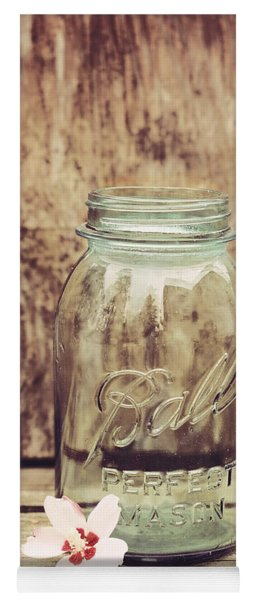 Vintage Ball Mason Jar Yoga Mat