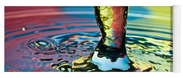 Water Splash Art Yoga Mat
