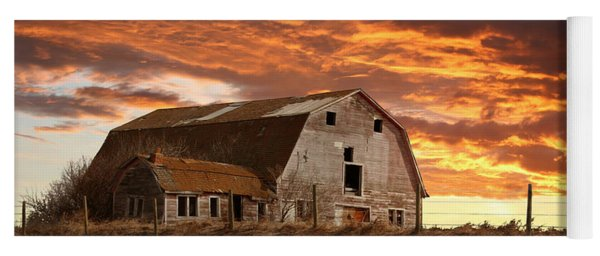 Barn On Highway 21 Yoga Mat