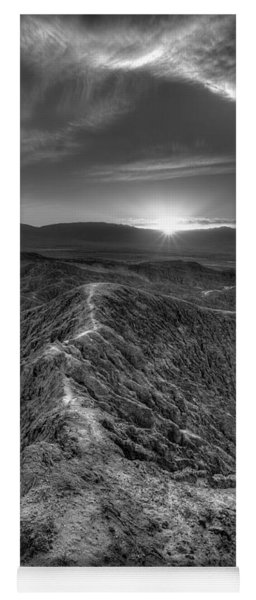 Path To The Sun   Black And White Yoga Mat