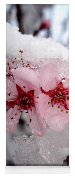 Spring Blossom Icicle Yoga Mat
