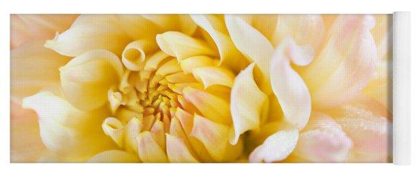 Dahlia Flower 08 Yoga Mat