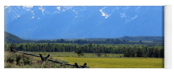 Grizzly Country With Soft Vignette Yoga Mat