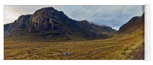 Highland Cliff Panorama Yoga Mat