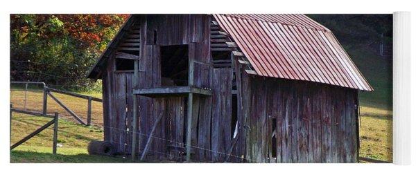 Old Barn In Etowah Yoga Mat