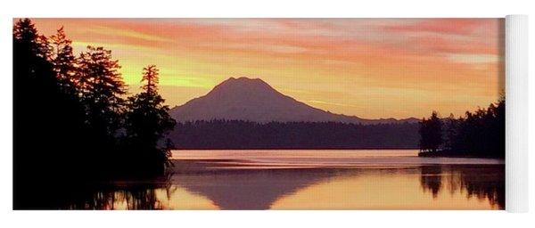 Mount Rainier Dawn Yoga Mat