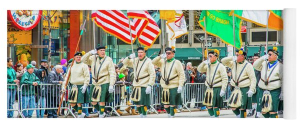 St. Patrick Day Parade In New York Yoga Mat