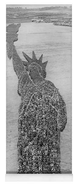 18,000 Officers And Men Form The Statue Of Liberty At Camp Dodge In Iowa. 1917 Yoga Mat