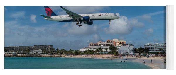 Delta Air Lines Landing At St. Maarten Yoga Mat