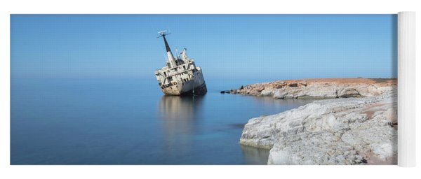 Edro IIi Shipwreck - Cyprus Yoga Mat