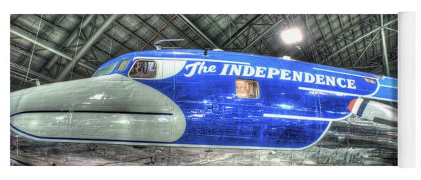 Presidential Aircraft, Douglas Vc-118, The Independence  Yoga Mat