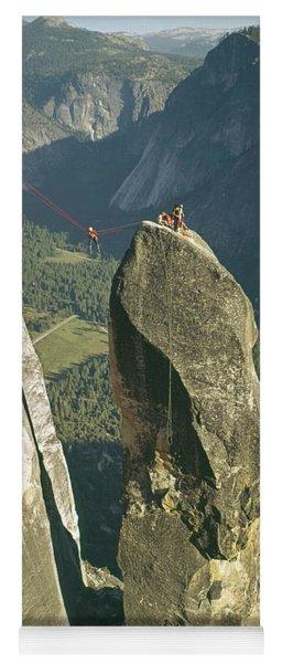 306540 Climbers On Lost Arrow 1967 Yoga Mat