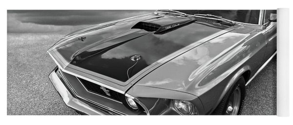 428 Cobra Jet Mach1 Ford Mustang 1969 In Black And White Yoga Mat