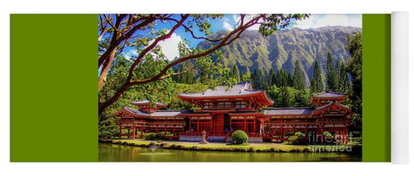 Buddhist Temple - Oahu, Hawaii - Yoga Mat