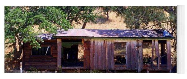 Cozy Cottage Kern County Yoga Mat