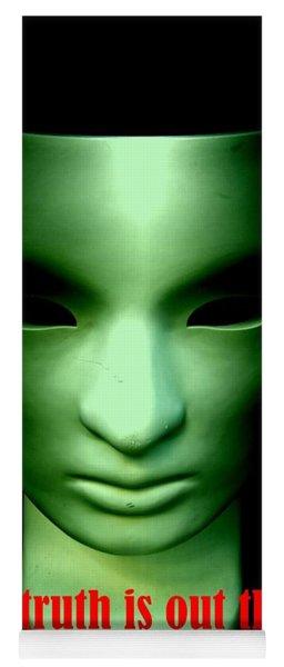Aliens Yoga Mat