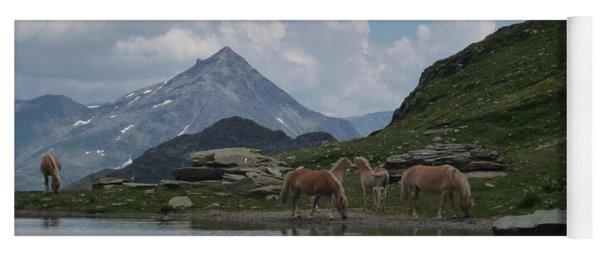 Alps' Horses Yoga Mat