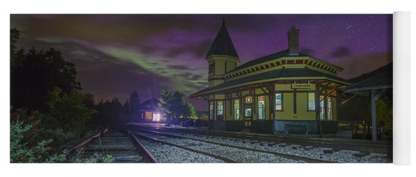 Aurora Over The Crawford Notch Depot Yoga Mat