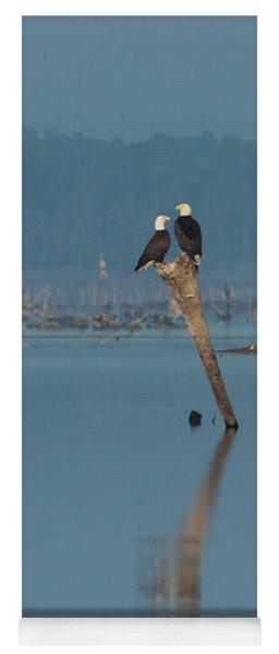 Bald Eagle Pair Yoga Mat